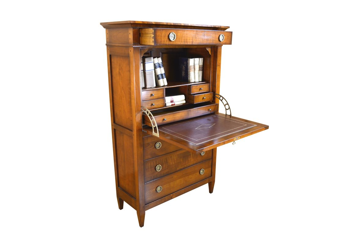GD6 secretaire visconti th1_risultato.jpg
